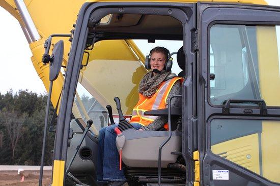 Hastings, MN: Shehra in the excavator