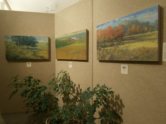 Saper Galleries and Custom Framing: Michael Callihan paintings in east gallery