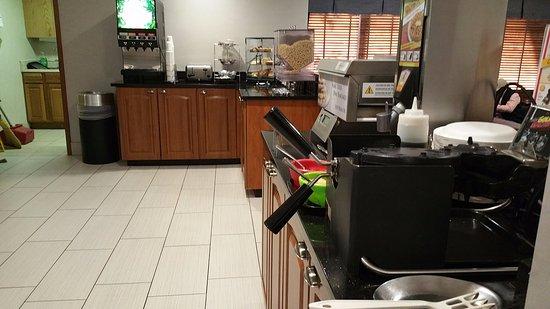 Englewood, Οχάιο: Breakfast Buffet at Best Western Plus Dayton Northwest