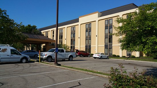 Englewood, OH: Front Facade for Best Western Plus Dayton Northwest