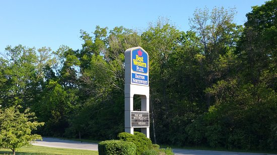 Englewood, OH: Front Sign at Best Western Plus Dayton Northwest