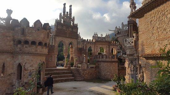 Castillo de Colomares: Enceinte du château