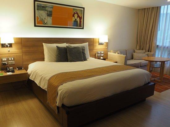 Oakwood Residence Sukhumvit 24: Bedroom