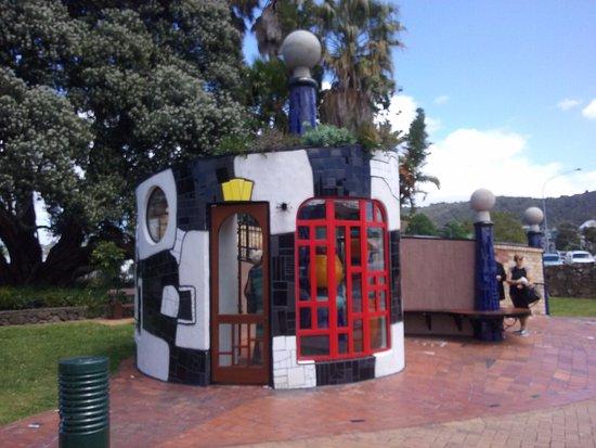 Whangarei, Nueva Zelanda: Eye catching art displays