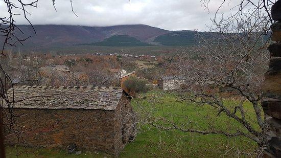 Casa Rural La Casa del Sol: vista desde la ventana de la habitación