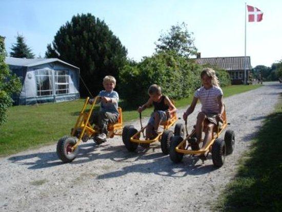 Roedvig, Danmark: Børn på mooncars
