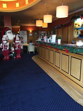 Rochestown Lodge Hotel & Spa: Lovely Christmas feel