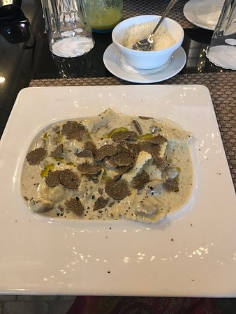 Cucina Mia Restaurant : photo0.jpg