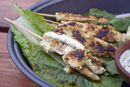 Anjuna, India: Chicken Satay