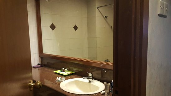 Goodway Hotel Batam: 20161211_080052_large.jpg