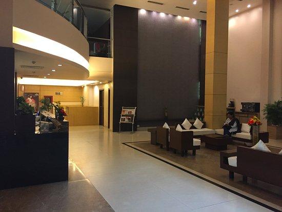 Hotel Kiranshree Portico: Reception Area