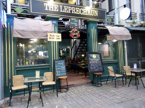 ‪The Leprechaun Public House‬