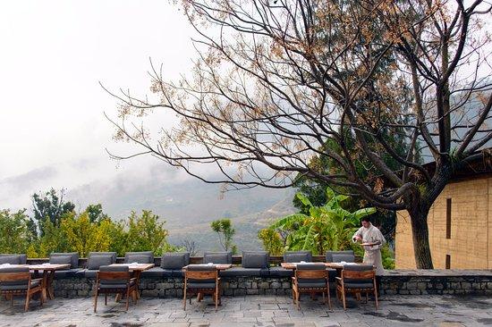 An Aman-lovers' Luxury Tour of Bhutan... The Amankora ...