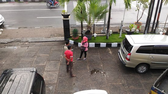 Hotel Hang Tuah - view dari kamar 205