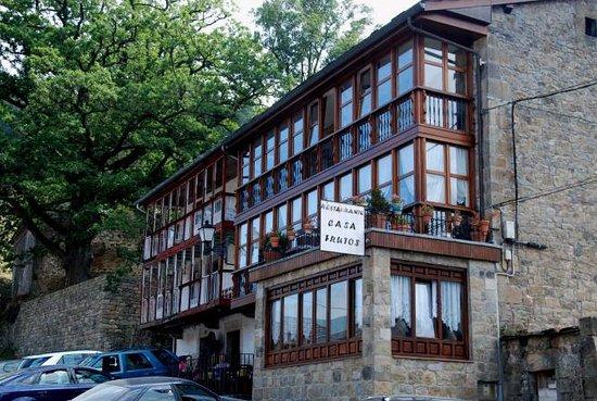 Casa Frutos Vega De Pas Fotos Numero De Telefono Y Restaurante