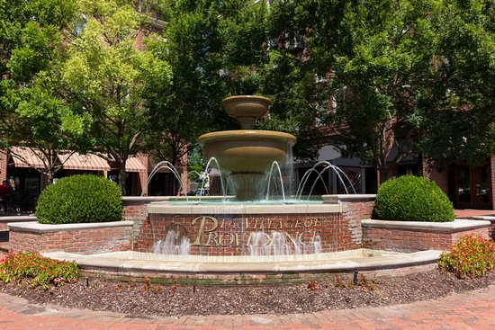 Homewood Suites by Hilton Huntsville-Village of Providence: The Village of Providence Fountain