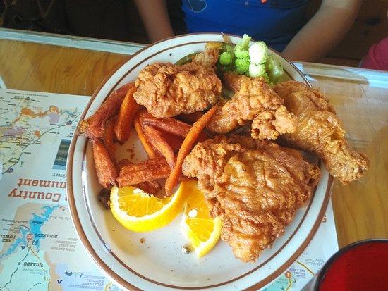 Foster's Family Steak House: Deep Fried Chicken