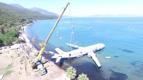 active blue dive centre neopolis airbus a300 plane wreck diving in kusadasi turkiye