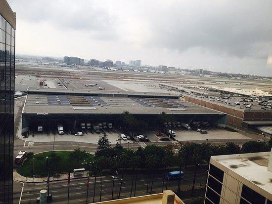 Hilton Los Angeles Airport: photo0.jpg