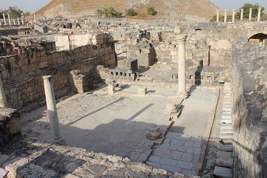Beit She'an, Israel: Ruins