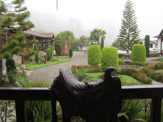 Hacienda Leito: view of grounds