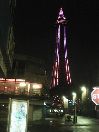 Blackpool Illuminations: Blackpool Tower at night