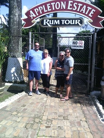 Fabian Tours: Appleton Rum Tour