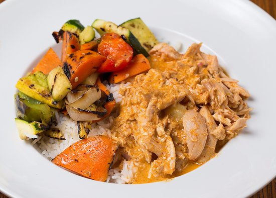 Del Mar, CA: Panang Chicken Currry Braise