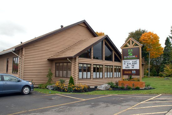 Sussex, Canadá: The All Seasons Restaurant