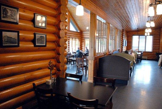 Sussex, Canadá: Bright, yet cozy, interior