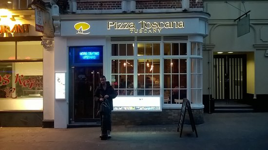 Pizza Toscana, London - Soho - Restaurant Bewertungen, Telefonnummer ...