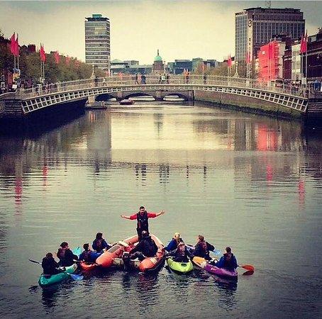 City Kayaking: The famous Ha'penny Bridge!
