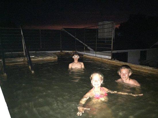 Monroe, UT: Die heissen Pools/Tubs sind legendär - besonders bei Sonnenuntergang