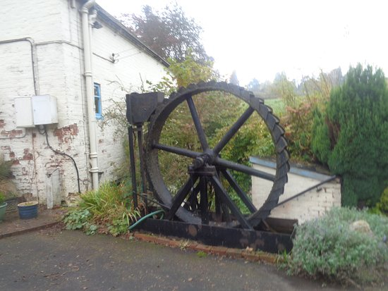 Eardington, UK: Small Mill Wheel
