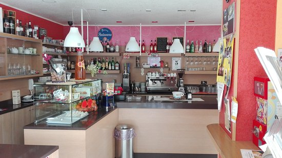 Elia'S Bar