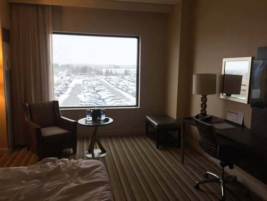 Findlay Township, PA: Nice room but poor housekeeping