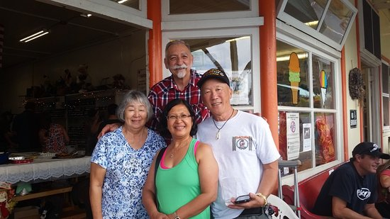 Honomu, HI: Thanks for all the ono Kau kau. Mele Kalikimaka to all. Wayne & Mabel Lee