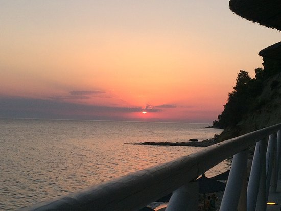 Kassandra, Greece: Τέλειο μέρος😎😎😎😎