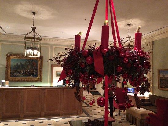 Brenners Park-Hotel & Spa: Le lobby et la déco de Noël
