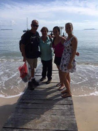 Popa Paradise Beach Resort Photo