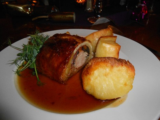 Turvey, UK: Pork and Apricot Wellington - Christmas Menu