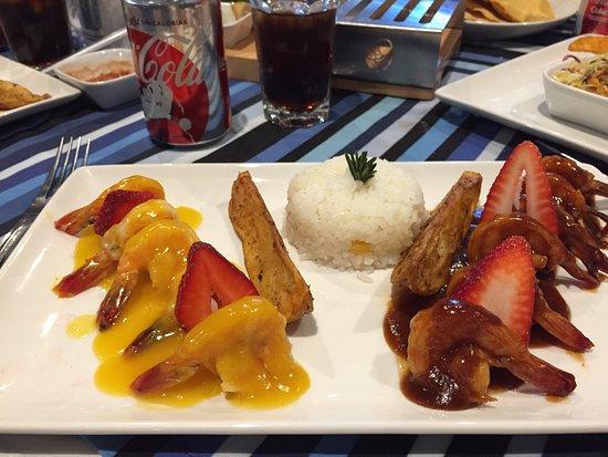 Los Arcos Restaurant: photo0.jpg