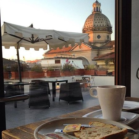 terrazza delle colazioni - Picture of The B Place, Rome - TripAdvisor