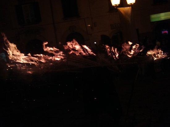 Molise, Italia: 20161208_191030_large.jpg