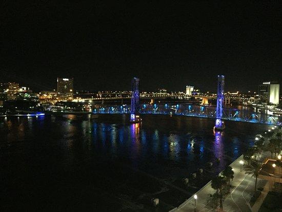 Hyatt Regency Jacksonville Riverfront: Great View from 14th floor hotel room