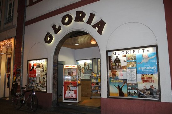Gloria & Gloriette