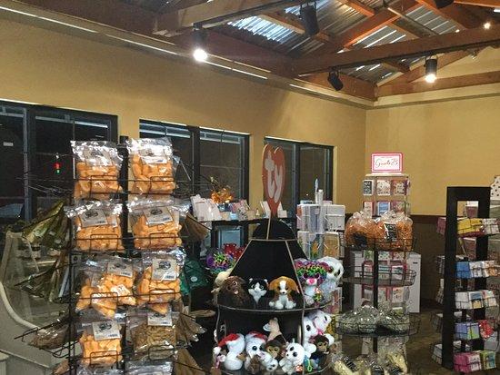 Albertville, MN: Gift shop