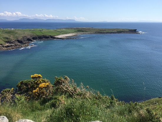 Kilcar, Ireland: see the point on the right, Ocean Spray is a 10 min walk from the tip! Beautiful area!!!