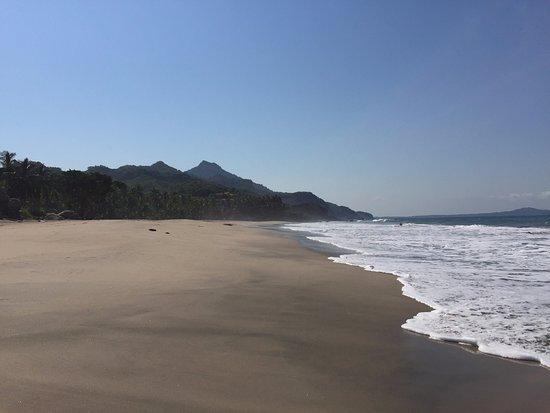 Hacienda de la Costa: View from the beach - so crowded (not)!
