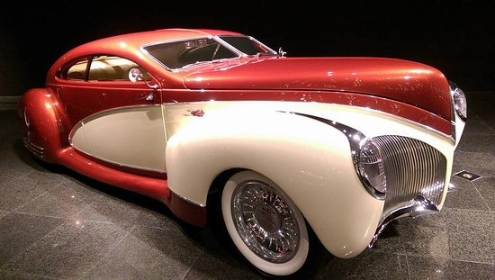 Данвилл, Калифорния: 1938 Lincoln Zephyr.